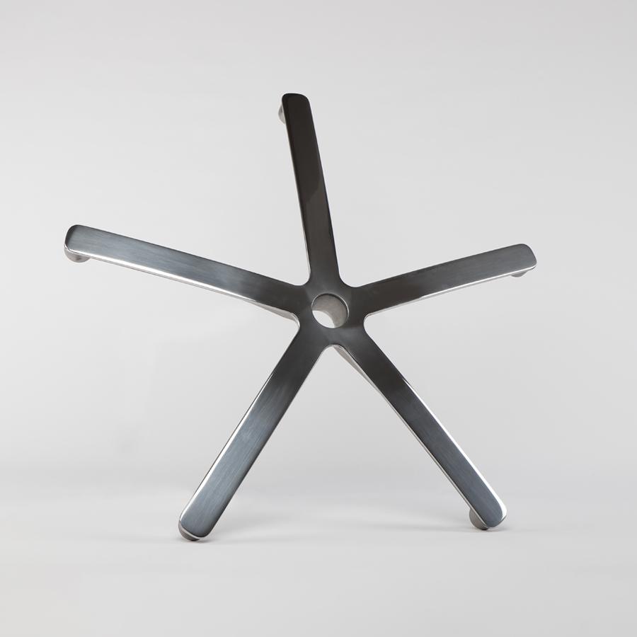 Kříž leštěný pětiramenný , průměr 713 mm
